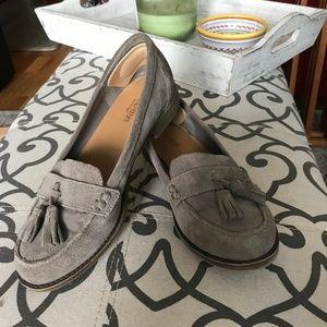 Crown Vintage Suede Tassel Loafer Slides, tan, 6M